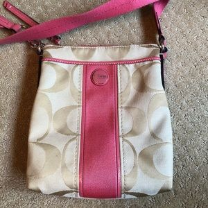 COACH cross body, nearly perfect condition